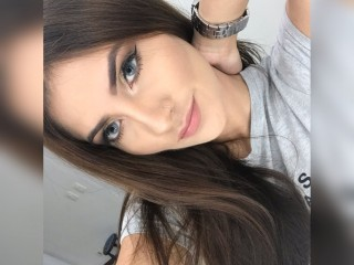 Live naked erotic fantasies with Cate_Roses